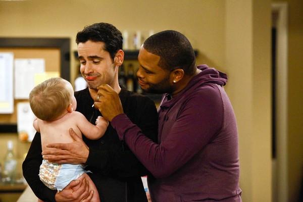 "Jesse Bradford and Anthony Anderson, right, star in ""Guys With Kids."""