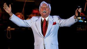 Andy Williams dies at 84; 'Moon River' singer