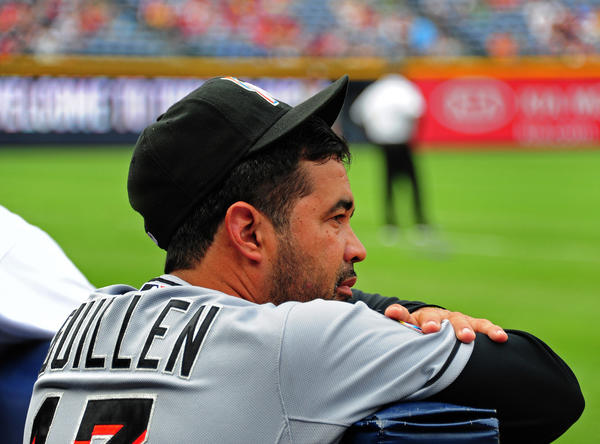 Manager Ozzie Guillen of the Miami Marlins is at odds with struggling closer Heath Bell.