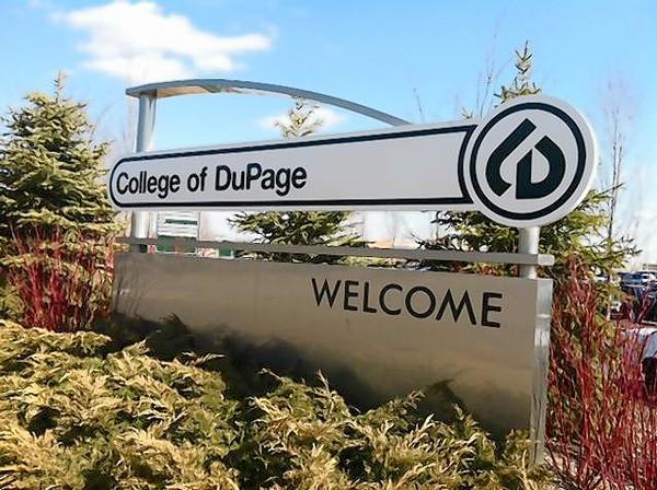 A U.S. Bank branch will open on the College of DuPage campus.