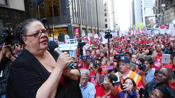 Karen Lewis addresses a crowd of CTU members and supporters protesting in front of the Board of Education building during the strike. Full explanatory caption below.