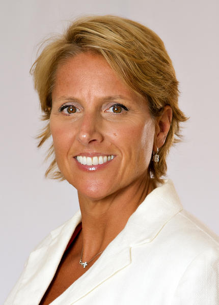 Lynn A. Dell has joined Prestige Hospitality Group as General Manager of the Clarion Hotel located on Century Drive in Bristol, Connecticut.