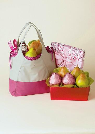 "Harry & David, maker of gourmet gift baskets, will contribute 25 percent of proceeds from three new ""pink pear"" collections to the Noreen Fraser Foundation, a nonprofit that raises funds for women's cancer research. The pink pear gift box, $19.95, features five of Harry and David's signature Royal Riviera pears, a few of them wrapped in pink foil; the pink pear tote, $29.95, features five to 10 Royal Riviera pears in a reusable tote bag; and the pink pear gift basket, $39.95, combines pears with Neapolitan malt balls and chocolate strawberries.<br /><br />Details: <a href=""http://www.harryanddavid.com/h/home"">harryanddavid.com</a> for more information"