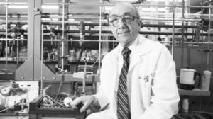 Jerome Horwitz dies at 93; developed potent anti-AIDS drug AZT