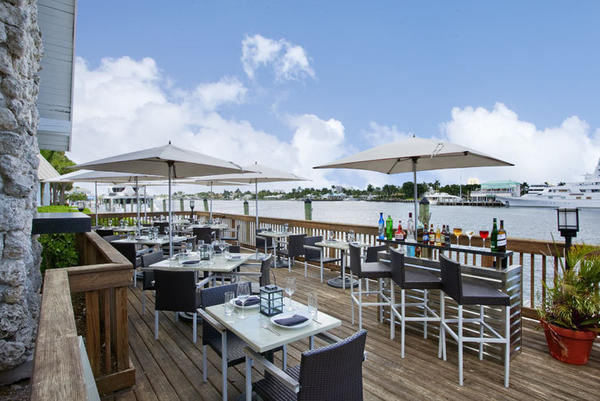 The outdoor patio at China Grill Fort Lauderdale
