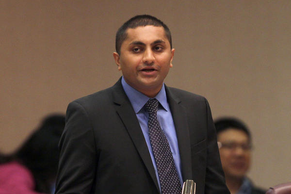 Ald. Ameya Pawar, 47th, talks to the Chicago City Council on Sept. 12, 2012.