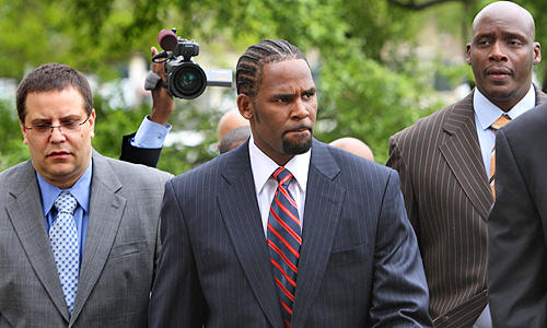 R. Kelly, child pornography charges, trial