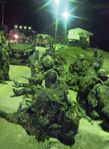Kenyan forces prepare for an assault on the Somali port city of Kismayo, stronghold of the Al Qaeda-linked Shabab militia.