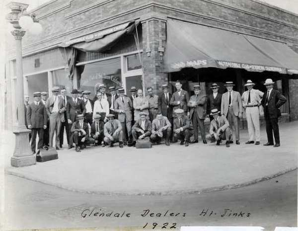 n 1922, members of the Glendale Motor Car Dealers Association gathered for a photo before setting off for their `Hi Jinks, an outing that became an annual affair and continues to this day.