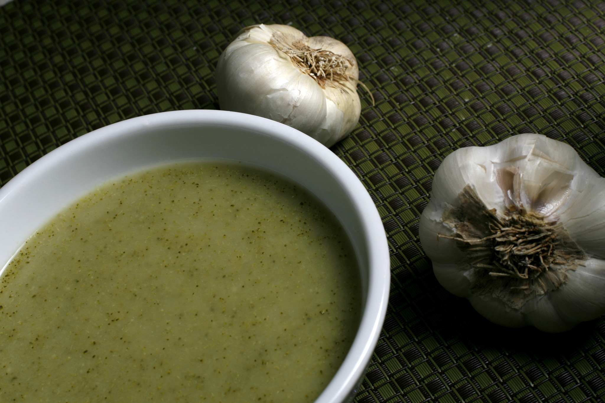 Photos: 97 great Thanksgiving recipes - Broccoli and roasted garlic soup