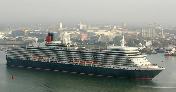 The 16-deck, 2,068-passenger Queen Elizabeth ocean liner is a sister ship to Cunard's Queen Victoria, with a few differences.