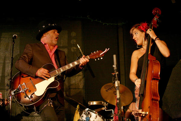 Fred Eaglesmith and bassist Justine Fisher perform at McCabe's in Santa Monica at the conclusion of the Tin Can Caravan tour.