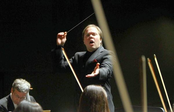 The new music director of the New West Symphony Orchestra, Marcelo Lehninger, during his opening concert at Barnum Hall Santa Monica High School.