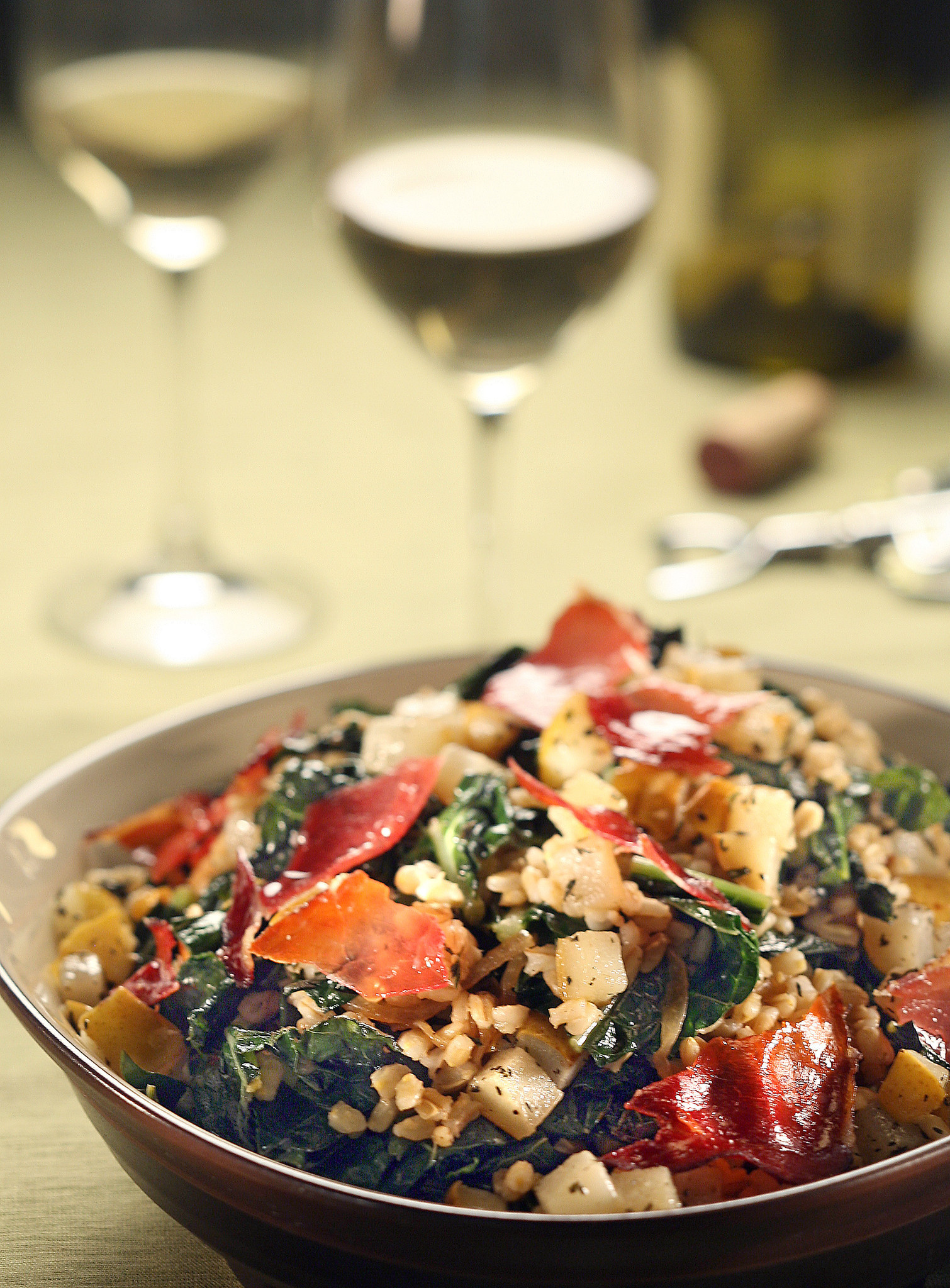 Photos: 97 great Thanksgiving recipes - Kale and barley salad with roasted pears