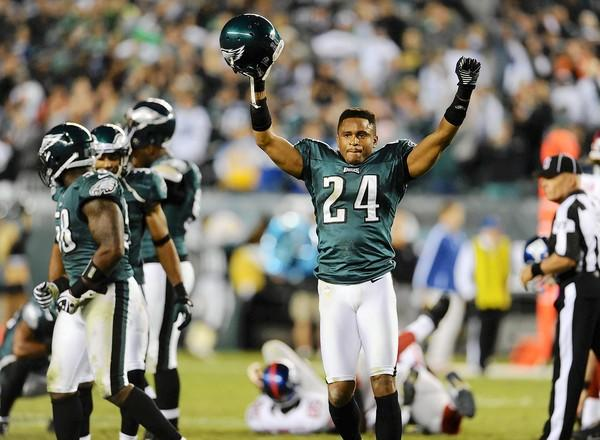 Eagles cornerback Nnamdi Asomugha reacts after the Giants' Lawrence Tynes missed a field goal in the final seconds at Lincoln Financial Field in Philadelphia on Sunday.