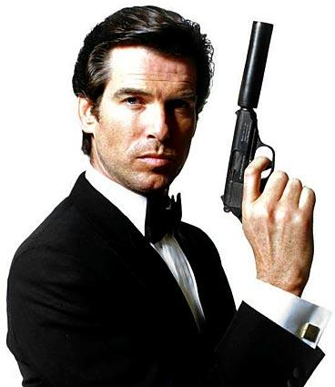 "<a class=""taxInlineTagLink"" id=""PECLB000694"" title=""Pierce Brosnan"" href=""/topic/entertainment/pierce-brosnan-PECLB000694.topic"">Pierce Brosnan</a> got his license to kill in ""Golden Eye"" (1995)."