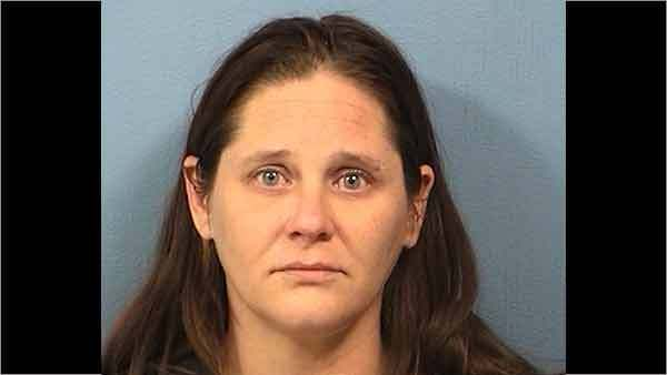 Booking photo of Linda Cottrell