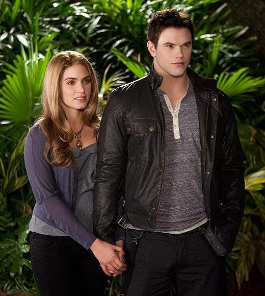 'The Twilight Saga: Breaking Dawn - Part 2' pictures: Rosalie and Emmett