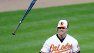 Davis goes deep again, ties Oriole record