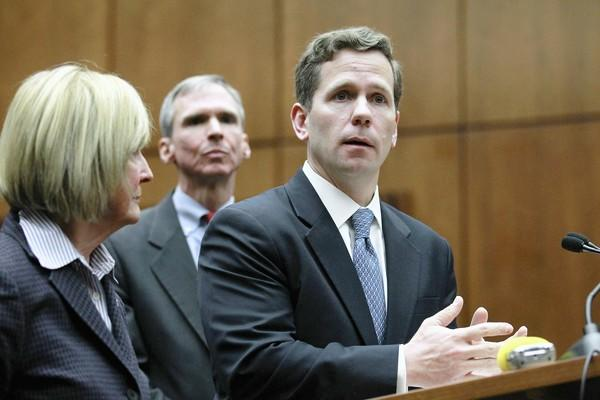 Robert Dold, at right.