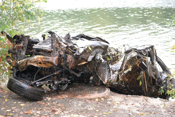 Corona's Auto Parts and the State Police Dive Team helped the Connecticut River Watershed Council remove two cars from the Connecticut River in the south end of Wethersfield that had been reported by nearby farmers. Up to nine additional vehicles were identified, most laden with sediment or rocks, that crews hope to remove in the future.