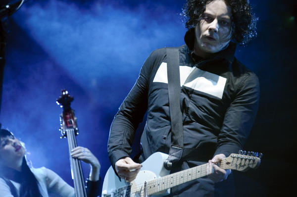 2012 Virgin Mobile FreeFest headliners include: indie rocker Jack White, dubstep king Skrillex and rapper Nas. Festival's lineup also includes M83, ZZ Top, Santigold, Alabama Shakes, Ben Folds Five, the Dismemberment Plan, Das Racist, Portugal The Man, Trampled by Turtles and Allen Stone. <br>