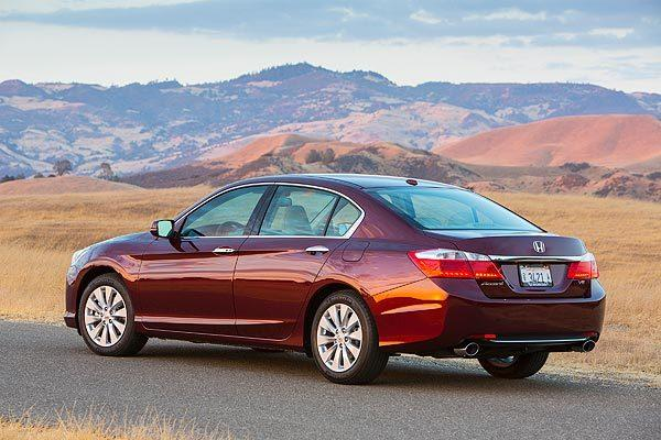 For a mere $800 on Honda's Accord LX and EX models, you can get a continuously variable transmission, or CVT, that has all the fuel-friendly habits of its peers, with none of the vexing side effects.<br>