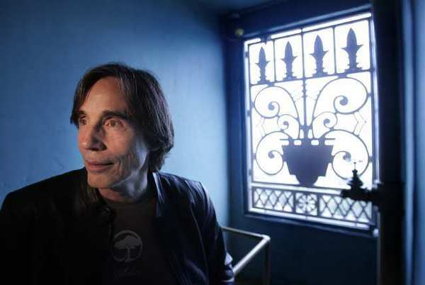 Jackson Browne will headline a Nov. 18 benefit for radio station KCSN-FM in Northridge.
