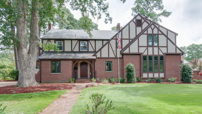 Just Looking: 7434 Glencove Place, Norfolk