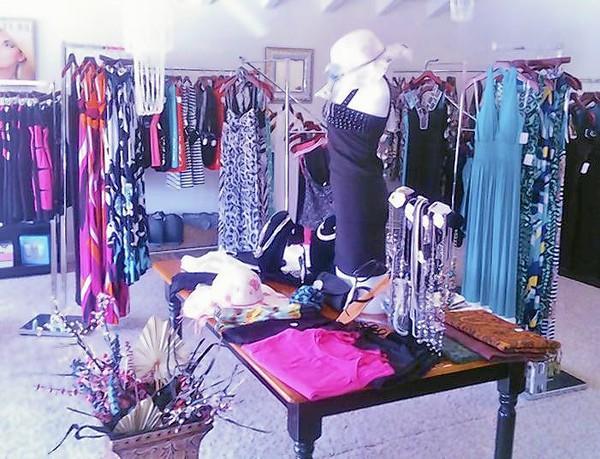 Panache Laguna offers women's fashions.