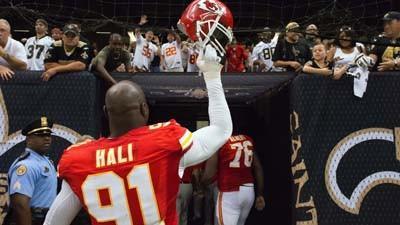 Ravens' offense focused on containing Tamba Hali