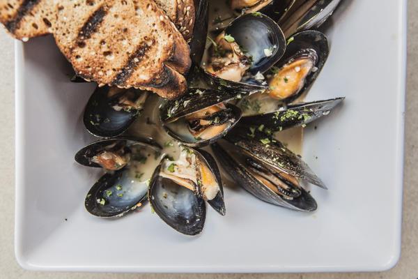 Mussels cooked in Metropolitan Krankshaft kolsh at The Reservoir in Uptown.