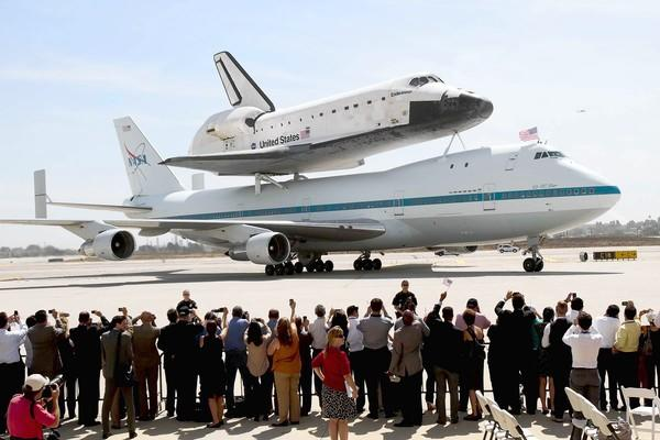 The space shuttle Endeavour arrives at the United hangar at Los Angeles International Airport on Sept. 21, 2012.