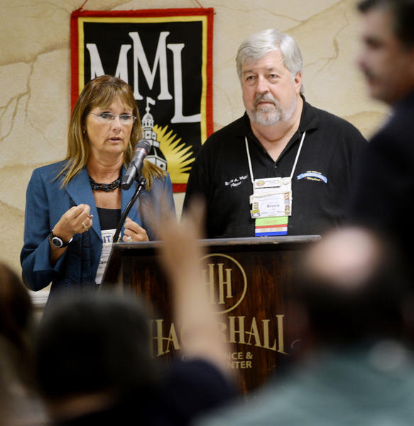 Candace Donaho with the Md Municpal League and Mayor of Chesapeake Beach Bruce Wahl facilitate the Small Town Forum at the Maryland Municipal League Fall Conference on Thursday.