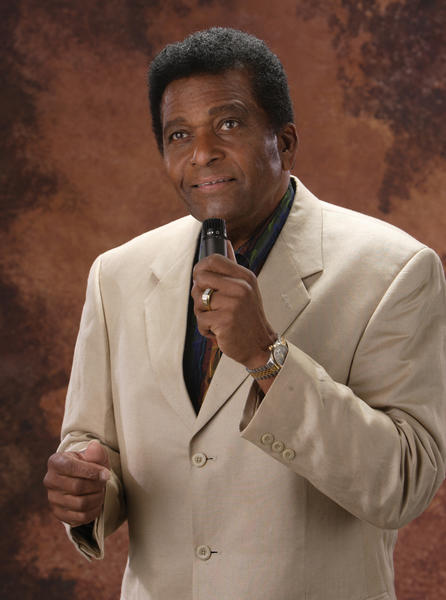 Charley Pride had thoughts of becoming a baseball star, before becoming a country music entertainer.