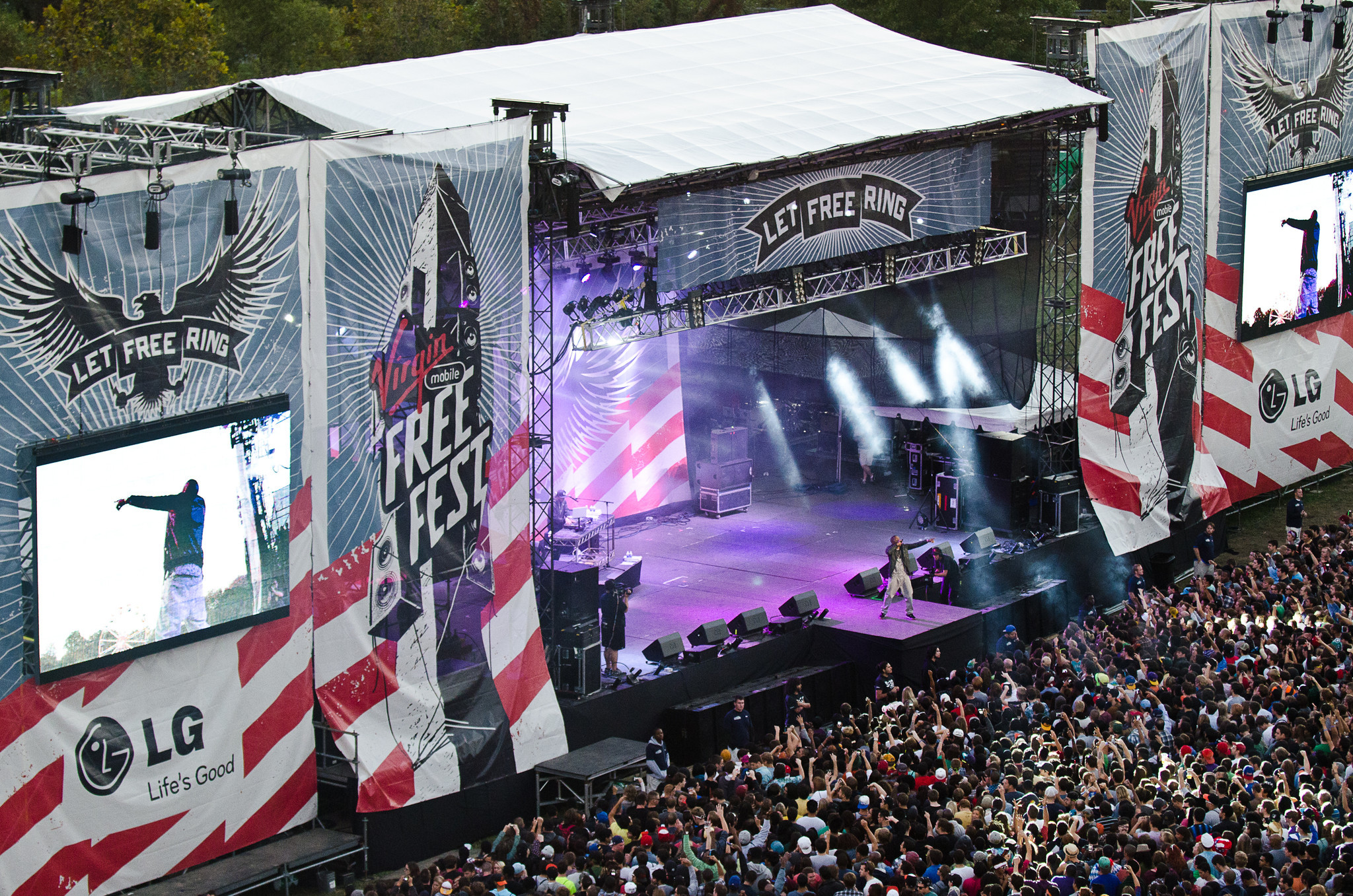 Virgin Mobile FreeFest brings thousands to Merriweather