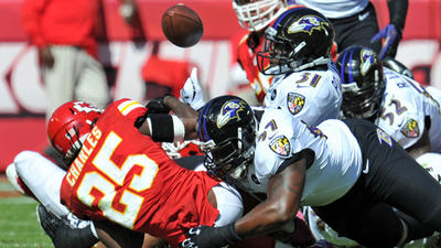 Ravens a little less sloppy than Chiefs in 9-6 win