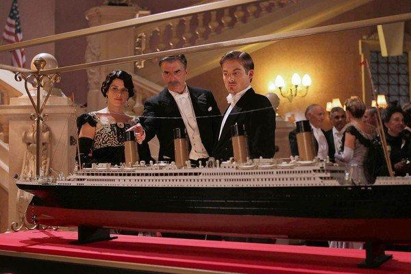 "Neve Campbell, Chris Noth, center, and Kevin Zegers star in ""Titanic: Blood and Steel."""