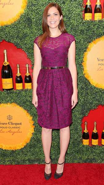Actress Mandy Moore in Lela Rose.