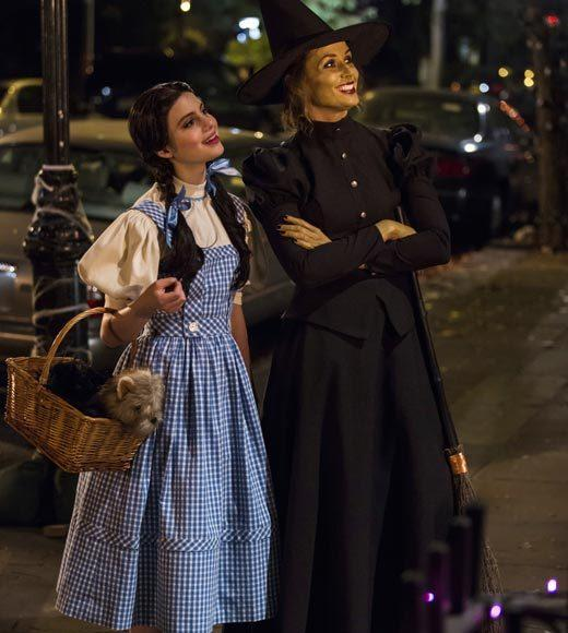 'Happy Endings' and more: Halloween on TV 2012: Mother and daughter Erin (right, Bridget Moynahan) and Nicky (left, Sami Gayle) dress up as The Wicked Witch and Dorothy from The Wizard of Oz, to take Jack and Sean trick or treating.