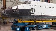Zoomable high-resolution image: Space shuttle Endeavour in the United hangar