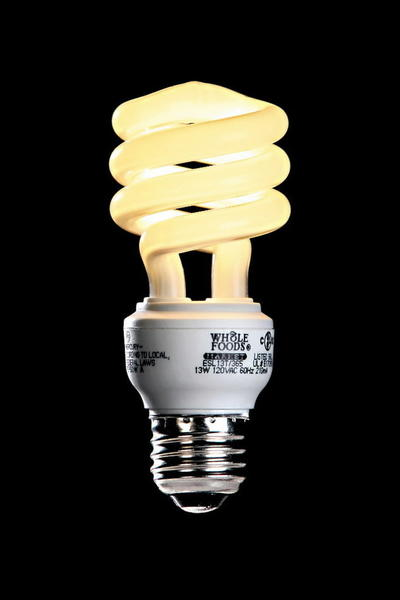 A compact fluorescent light rated at 2700K has the warm cast of an incandescent bulb.