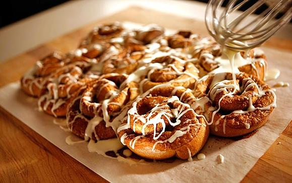 Fresh-from-the-oven cinnamon rolls