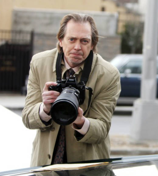 Buscemi played Lenny Wosniak, a private investigator occasionally hired by Jack.