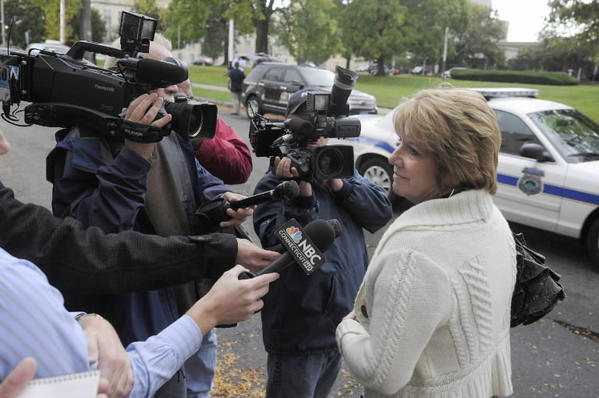 HARTFORD, CT; 10/10/2012: Nancy Senatro, a juror in the trial of former Windsor Locks Police Sgt. Robert Koistinen, talks with the media Wednesday after the jury acquitted the police officer of hindering the prosecution of his son. MICHAEL McANDREWS | mmcandrews@courant.com ORG XMIT: B582436165Z.1