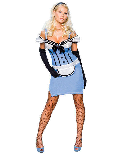 Unnecessarily sexy Halloween costumes: Dressed like this, she might have had more than the Queen of Hearts to worry about.