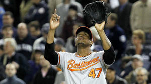 Pedro Strop, Jim Johnson come up big for Orioles
