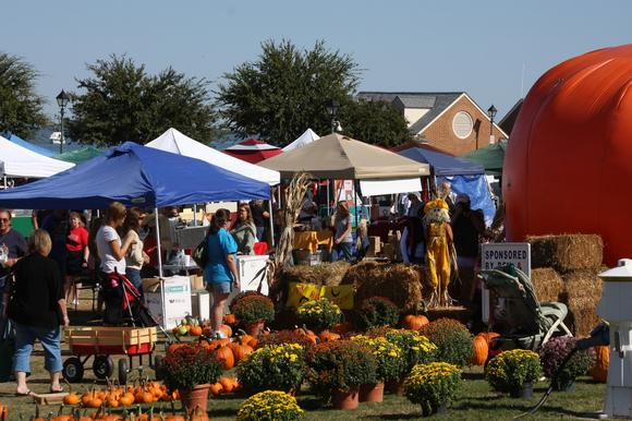 Saturday, Oct. 13, is a Fall Festival theme for the Yorktown farmers' market, complete with mums, pumpkins and other plants and goodies.