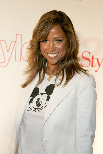 "Stacey Dash, in the wake of a flood of ugly tweets in reaction to her endorsement of Mitt Romney over the weekend, is defending her right to free speech and to vote for the candidate of her choice for the top job in the country. Dash, the ""Single Ladies"" actress best known for her role on ""Clueless,"" appeared on Piers Morgan's show Tuesday night to discuss the backlash after she tweeted Sunday, ""Vote for Romney. The only choice for your future."" She followed it up with, ""My humble opinion... EVERYONE is entitled to one.""  <br><br> <strong>Full story:</strong> <a target=""_blank"" href=""http://www.latimes.com/entertainment/gossip/la-et-mg-stacey-dash-mitt-romney-twitter-20121010,0,572341.story"">VIDEO; Stacey Dash reacts to backlash over her Mitt Romney endorsement</a>"