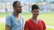 'Amazing Race' recap, In Indonesia, the herd mentality rules